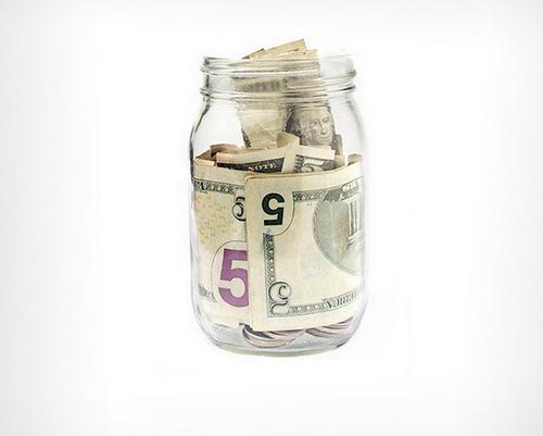 Куда выгоднее инвестировать небольшую сумму денег?