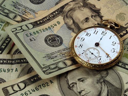 Куда вложить деньги с ежемесячным доходом?