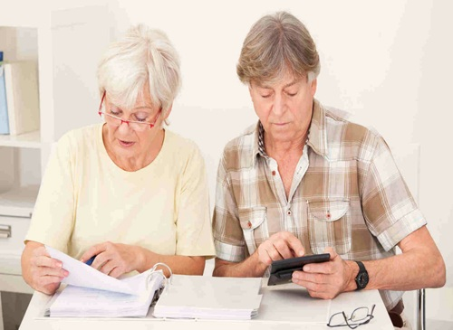 Займы пенсионерам где взять деньги в долг